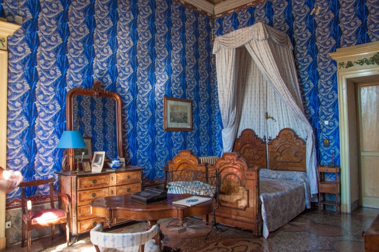 castello-sannazzaro-stanza-giarole-letto